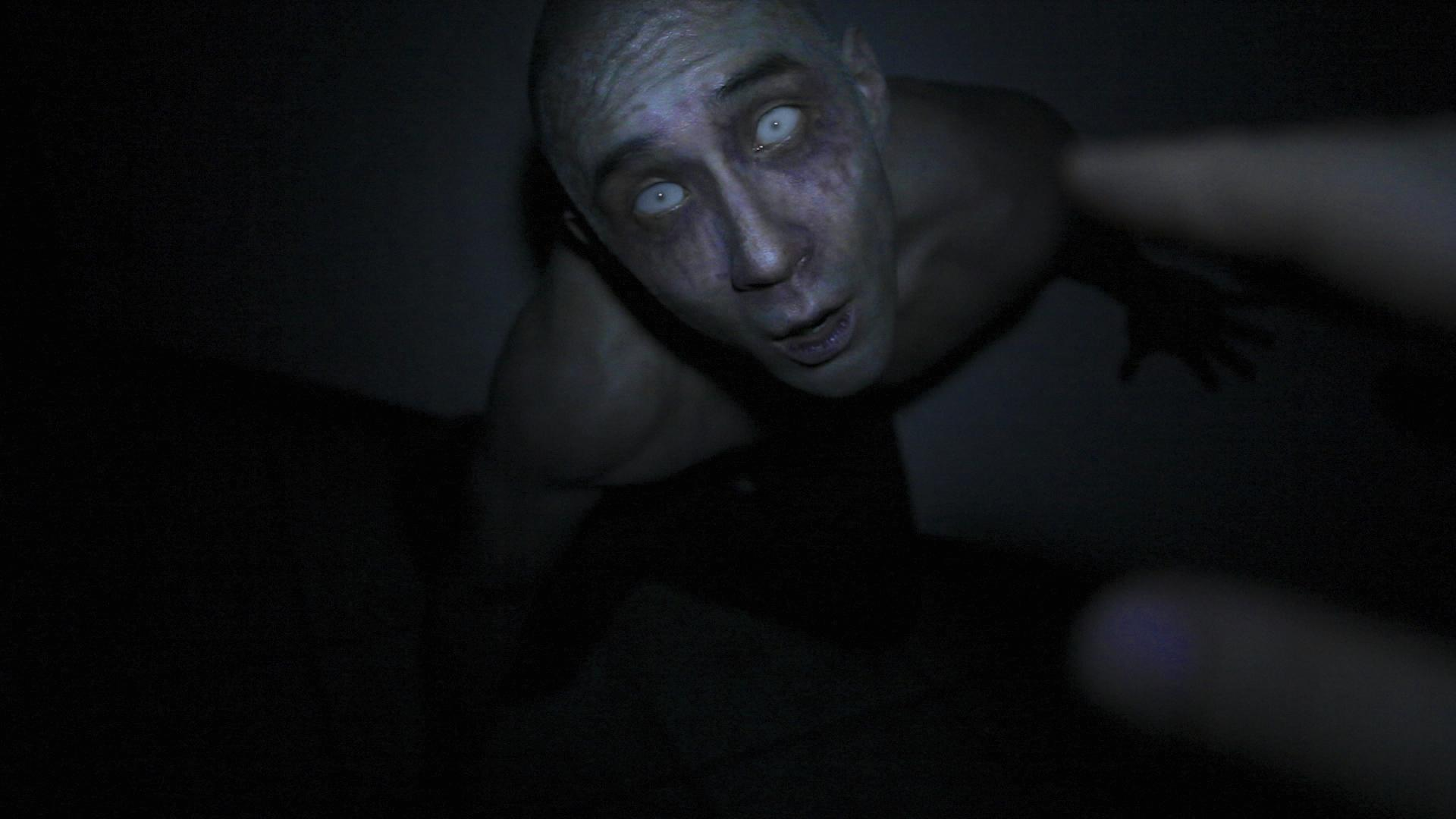 derek-lee-in-afflicted-(2013)-large-picture
