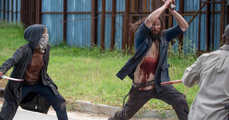 TWD_the-wolves-attack-alexandria